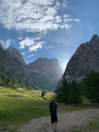 Review-Val di Fassa-Huttentocht-01